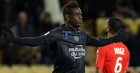 Report Claims Mario Balotelli Is Close to Remarkable ...