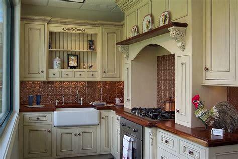copper kitchen backsplash ideas twenty copper backsplash ideas that will add glitter glue