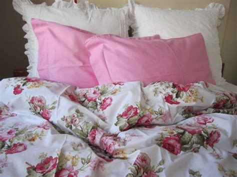 shabby chic bedding california king 25 best ideas about shabby chic beds on pinterest shabby chic rooms romantic country
