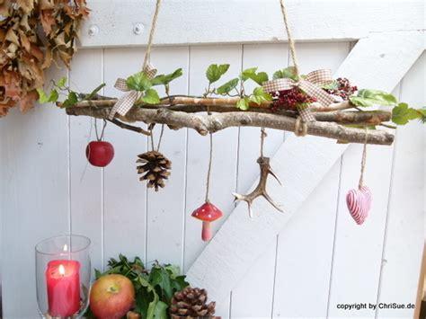 Herbstdeko Am Fenster by Deko Objekte T 252 Rkranz Ein Designerst 252 Ck Chrisue