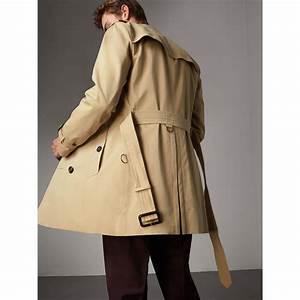 Trench Coat Burberry Homme : the sandringham mid length trench coat in honey men burberry united states ~ Melissatoandfro.com Idées de Décoration