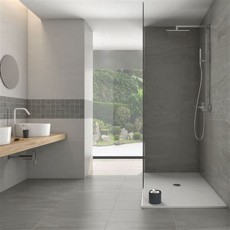 Alluring Bathroom Ideas For Small Space With Nice Light