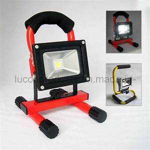 China rechargeable portable w led floodlight