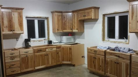 knotty hickory kitchen cabinets knotty pine versus hickory cabinets and trim carpentry