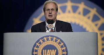 FBI finds 'bundles of cash' in raid at UAW president's home…
