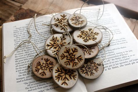 woodburned snowflake gift tags ornaments