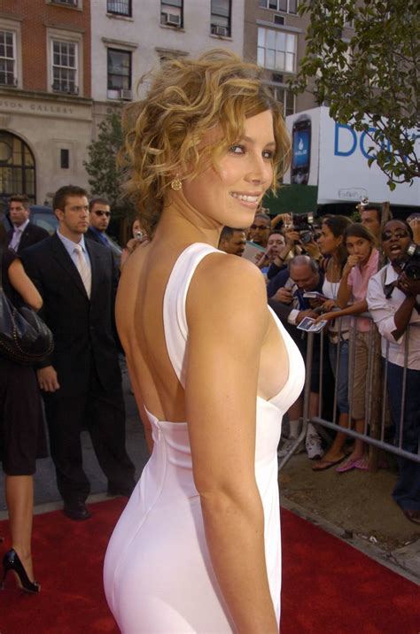 Hq Celebrity Pictures Jessica Biel Hot Hd Wallpapers