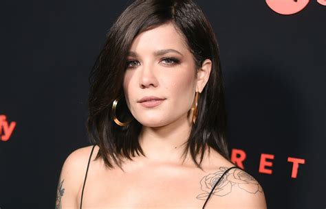 Halsey Abruptly Calls Off Show Midset  1061 The Corner