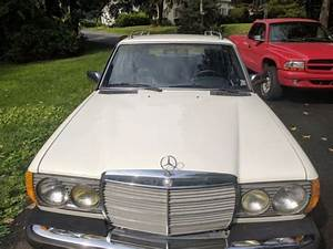 Mercedes 300 Td : 1982 white mercedes benz 300 td wagon turbo diesel 300 series ~ Medecine-chirurgie-esthetiques.com Avis de Voitures