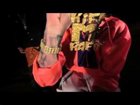 Riff Raff -air canada - YouTube