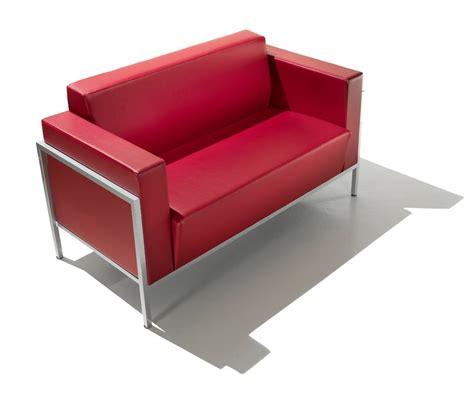 divanetti per ufficio divanetto lineare per uffici idfdesign