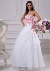 pink wedding dresses 7 gorgeous pink wedding dresses sang maestro