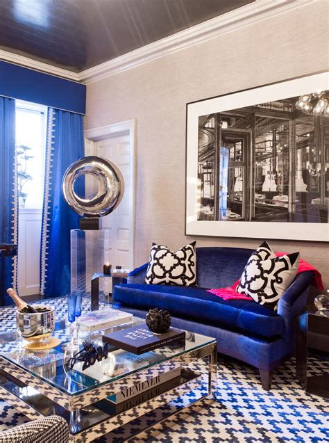 Decorating With A Blue Sofa by D 233 Cor 101 How To Mix And Match Patterns The Right Way