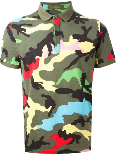 valentino t shirt valentino rockstud camouflage cotton t shirt in green for lyst