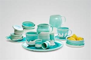 Geschirr Bunt Modern : keramik von annika sch ler traditionelles handwerk modern umgesetzt the ~ Sanjose-hotels-ca.com Haus und Dekorationen