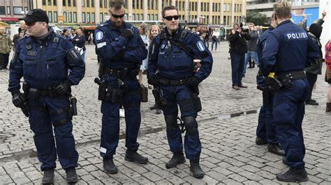 finlands police  replace mp  cz scorpion evo   firearm blog