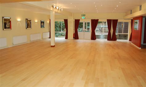 wood flooring qatar parquet flooring dubai wooden flooring dubaifurniture