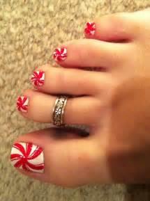 Christmas cute nail art peppermint toe nails image