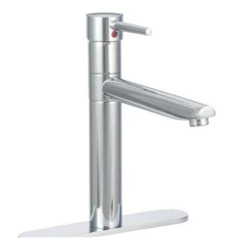 delta trinsic single handle standard kitchen faucet in