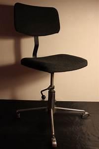 Chaise Bureau Vintage : chaise de bureau vintage vintage by fabichka ~ Teatrodelosmanantiales.com Idées de Décoration