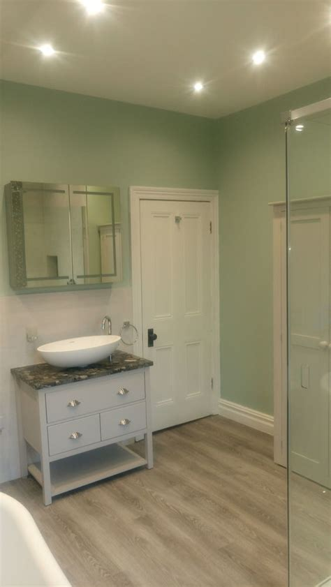 Vipcwf 100% Feedback, Bathroom Fitter, Kitchen Fitter