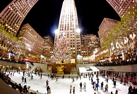 when is the christmas tree lighting nyc christmas in new york 2018 rockefeller center christmas tree