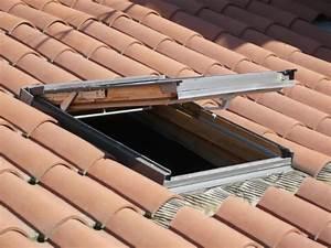 Prix D Un Velux : prix des tuiles pour une toiture ~ Dailycaller-alerts.com Idées de Décoration