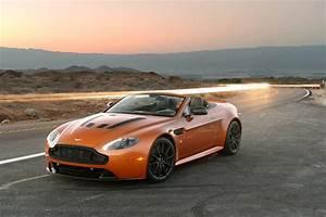 Aston Martin V12 Vantage S : aston martin db11 ready for us debut at pebble beach event ~ Medecine-chirurgie-esthetiques.com Avis de Voitures