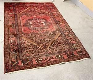 iran tapis en laine au point noue a decor centre dune With tapis champ de fleurs avec canape enchere