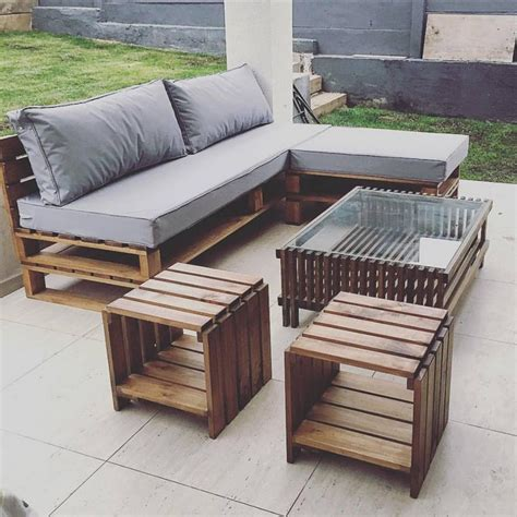 Furniture Made With Pallets by Prepare Amazing Projects With Wood Pallets Pallet