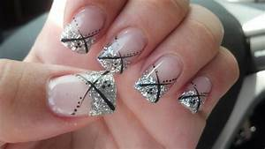 Love the silver glitter nail design prom nails