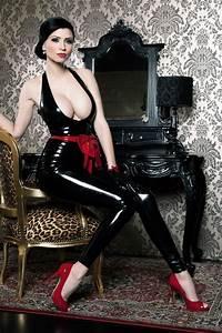 Breathless UK latex clothing, UK Fetish Couture, womens ...