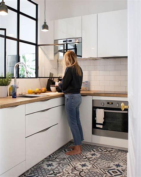sol de cuisine effet carreaux de ciment kitchen carrelage de ciment ciment et