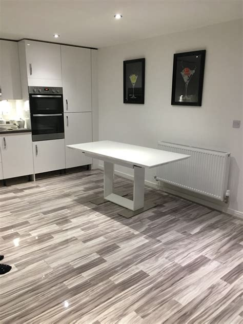 High Gloss Laminate Flooring: Icelandic Oak
