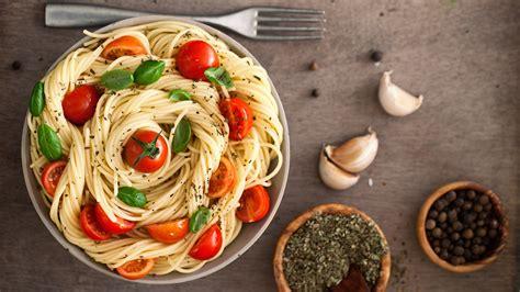 Images Pasta Tomatoes Allium Sativum Food Fork Plate 1920x1080