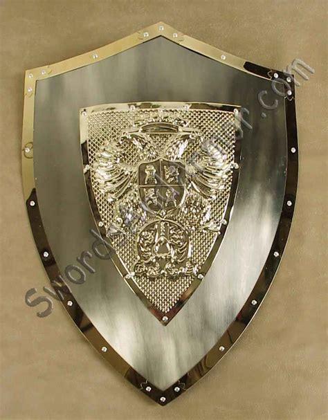 carlos  polished shield