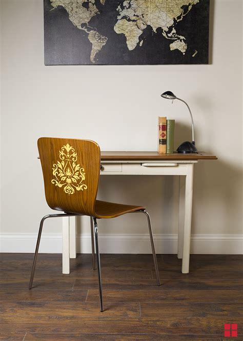 diy stenciled chair   stencil furniture