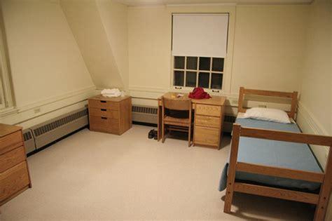 The Freshman Experience 5 Dorm Room Shopping Tips