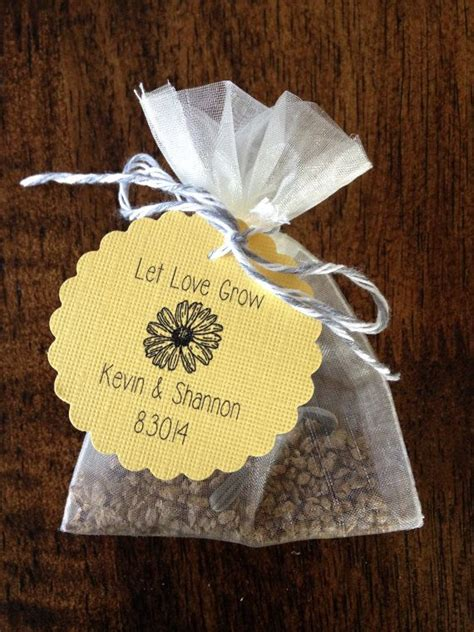 9 wedding favors your guests will - Diy Wedding Favor Flower Seeds
