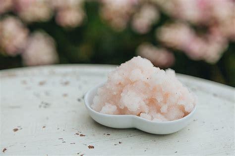 himalaya salz trinken warum ist himalaya salz pink und wie macht daraus einen bodyscrub letshavebreakfast de