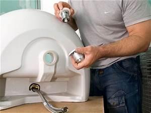 Waschbecken Ablauf Montieren : dachausbau badezimmer selber machen heimwerkermagazin ~ Markanthonyermac.com Haus und Dekorationen