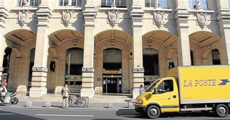 bureau de poste du louvre la poste projet immobilier géant pour l 39 emblématique