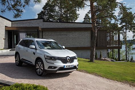 The renault koleos is a compact crossover suv which was first presented as a concept car at the geneva motor show in 2000, and then again in 2006 at the paris motor show, by the french manufacturer renault. RENAULT Koleos specs & photos - 2016, 2017, 2018, 2019 ...