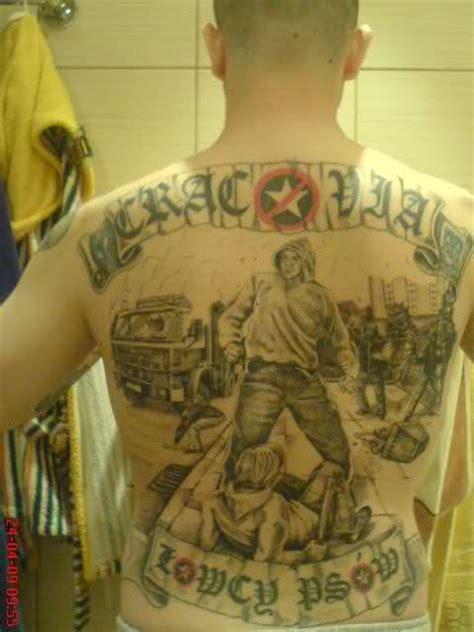 football fans tattoos  vandallist