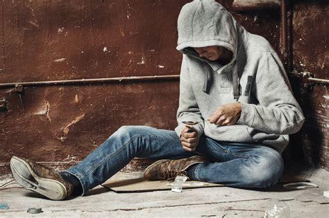 crack cocaine addiction symptoms withdrawal