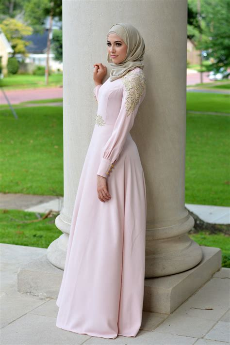 17 model gamis 2017 dreaming in blush with leena