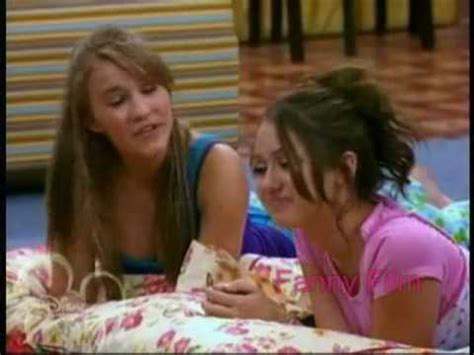 """Miley Cyrus And Emily Osment To """"true Friend"""" By Hannah"""