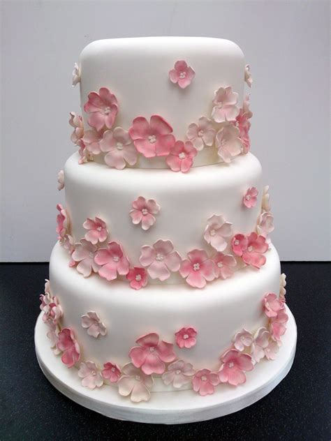 tier pretty floral wedding cake susies cakes