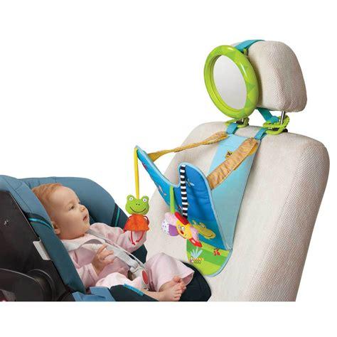 siege plage pliant conseil préparer les premières vacances avec bébé sur