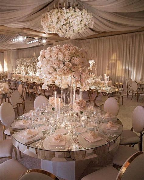 30 Extravagant White Indoor Wedding Ceremony Decorations